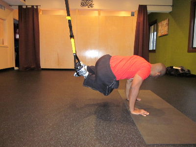 trx knee ins to the left