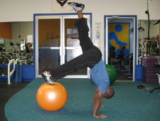 1 leg stability ball piques